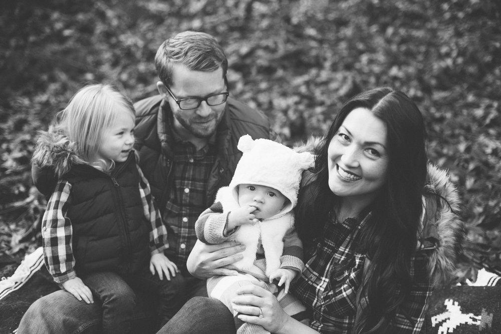 Anchorage AK Lifestyle Family Photographer