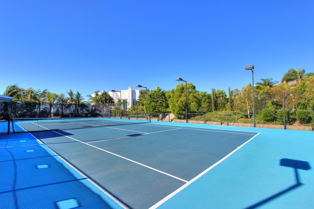 TennisCourt_22.jpg