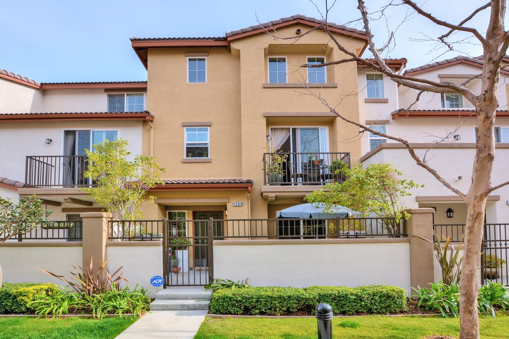 17871 Shadyview Dr #1204 Chino Hills, CA 2BR, 2.5BA 1,436 sqft Living