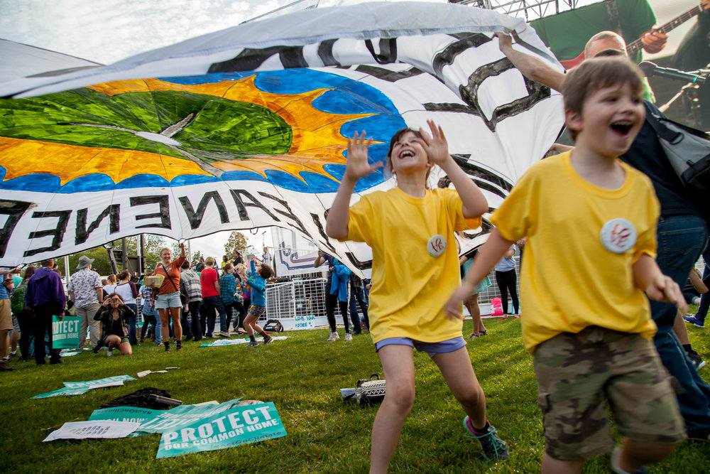 2015_09_24_AnnaMoneymaker_ClimateMarch_wm (34 of 61).jpg
