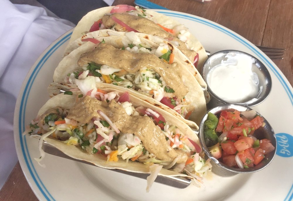 GRILLED FLORIDA FISH TACOS
