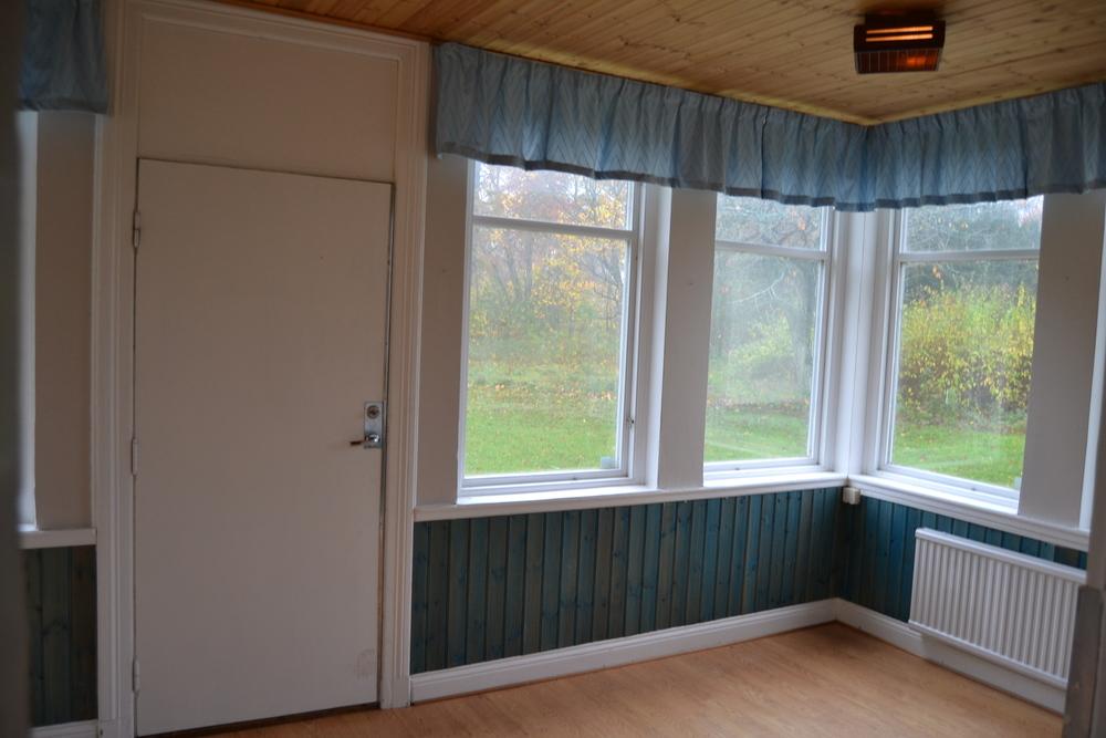 """Så här """"charmig"""" var verandan när vi tog över Fredriksberg...;-)"""