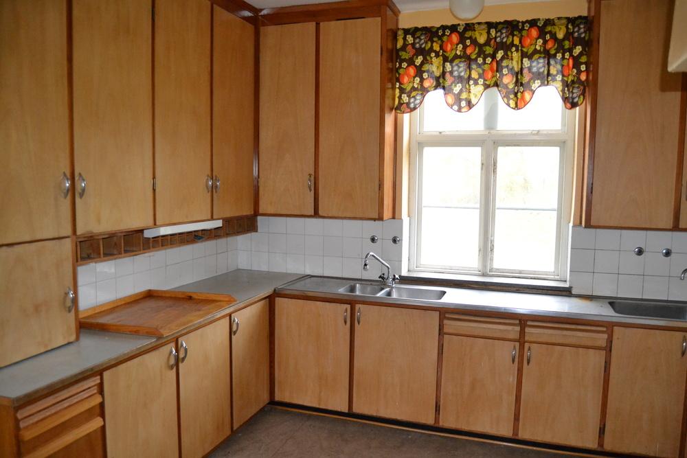 Planeringen var bra, därför bestämde vi oss för att behålla planlösningen precis som den var. Det gamla köket fick helt enkelt bli modell för det nya:-).