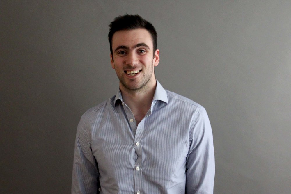 ALEX - MARKETING EXECUTIVE