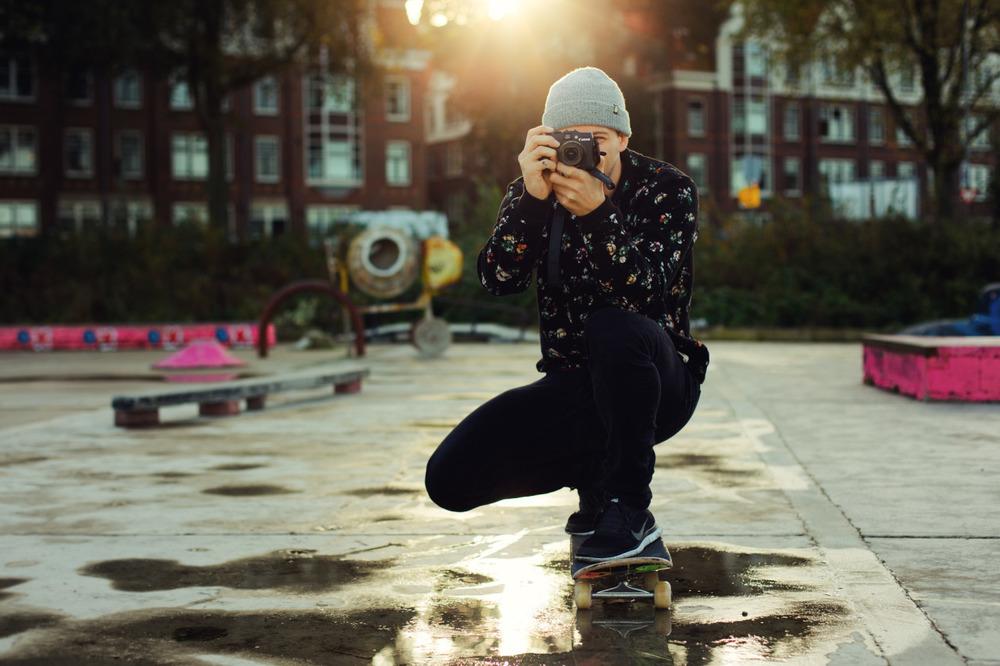 A specialphotographer pose.
