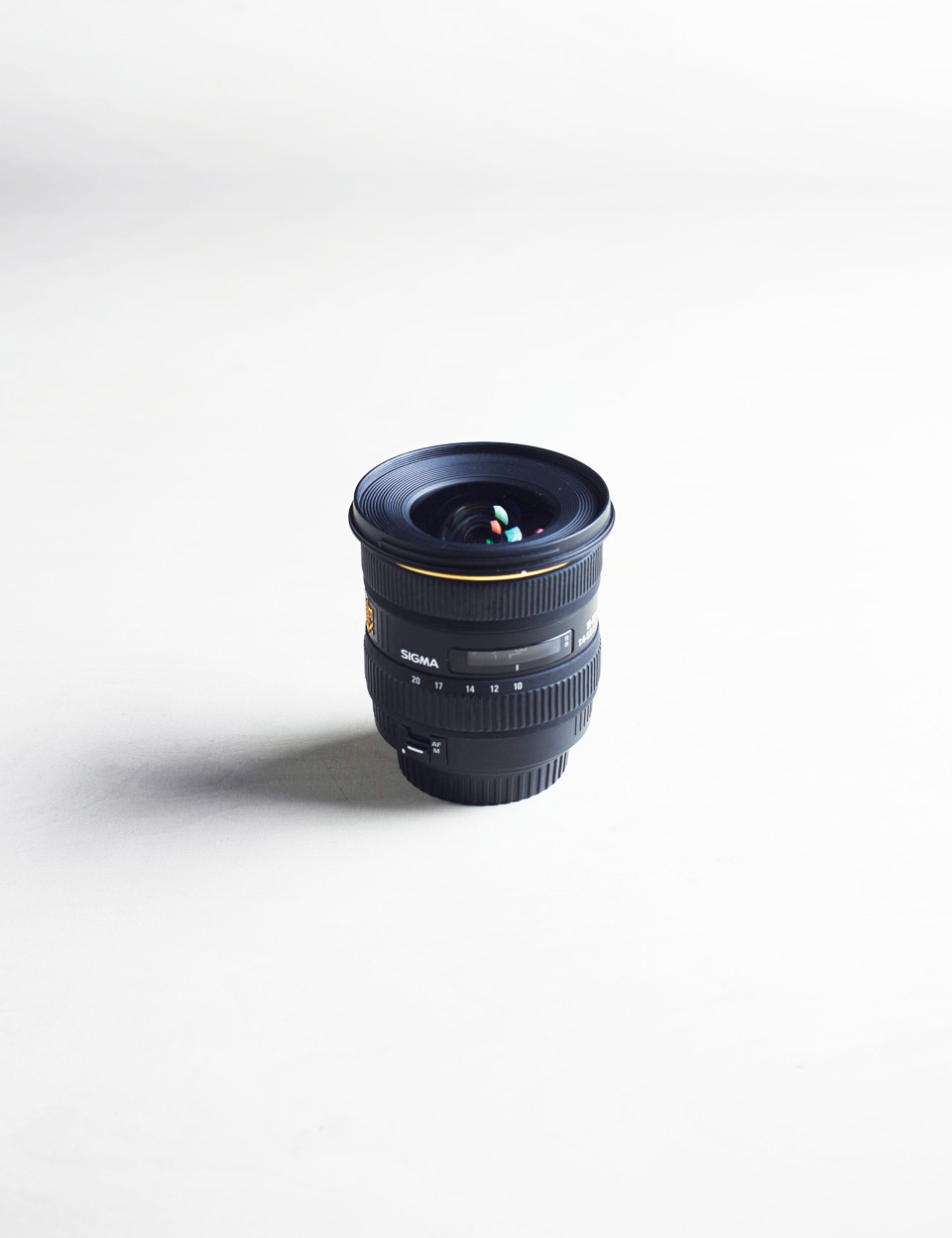 I am now selling my Sigma 10-20. Anyone interested ?