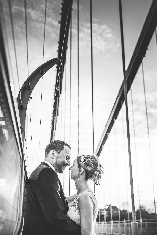 WEB   Clifton Suspension Bridge  Bristol Wedding Photography-23.jpg