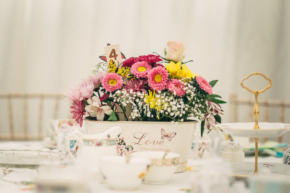 Stratton Church Cirencester Wedding Photography-7.JPG