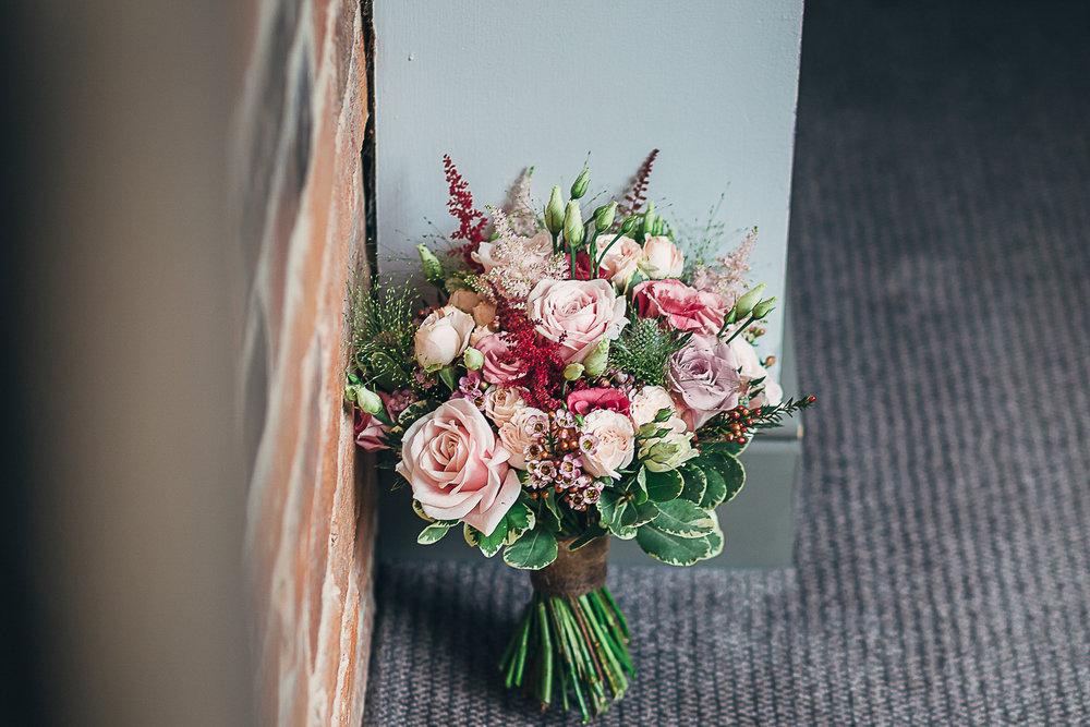 Kings Head Hotel Cirencester Wedding Photography-4.JPG