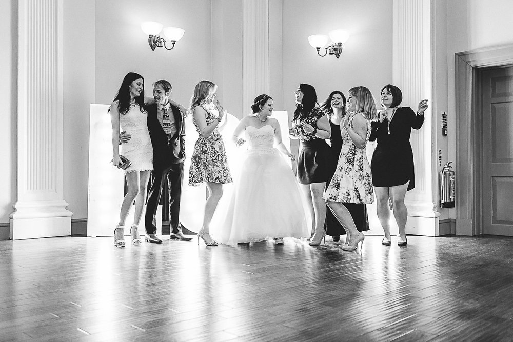 Kings Head Hotel Cirencester Wedding Photography-46.JPG