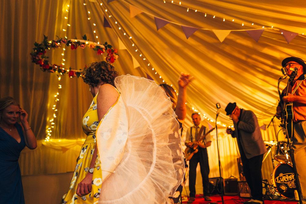 St Giles Church, Coberley   Wedding Photography-99.JPG