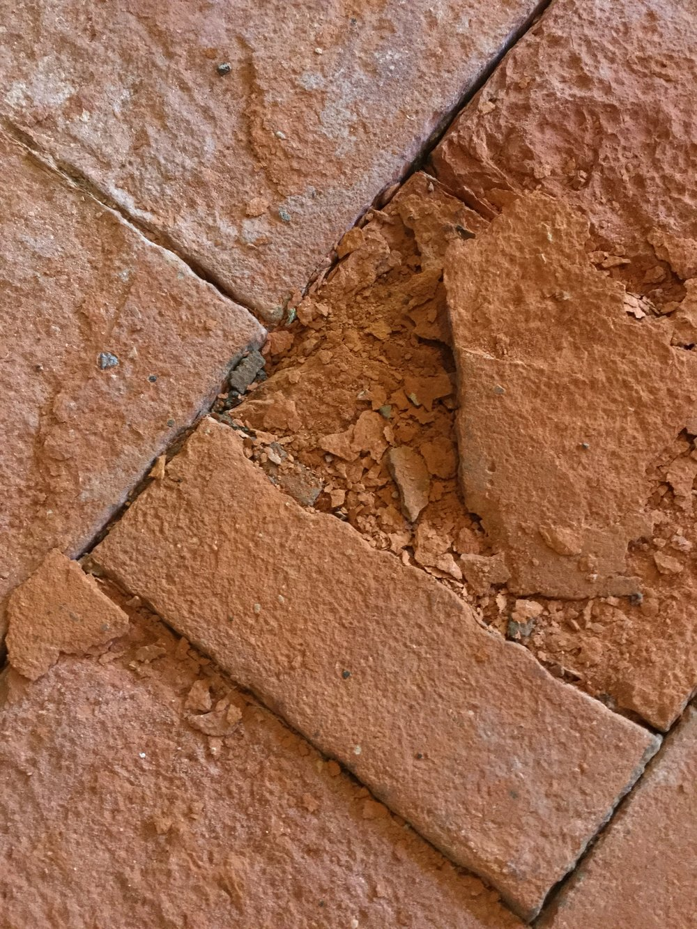spalled brick.JPG