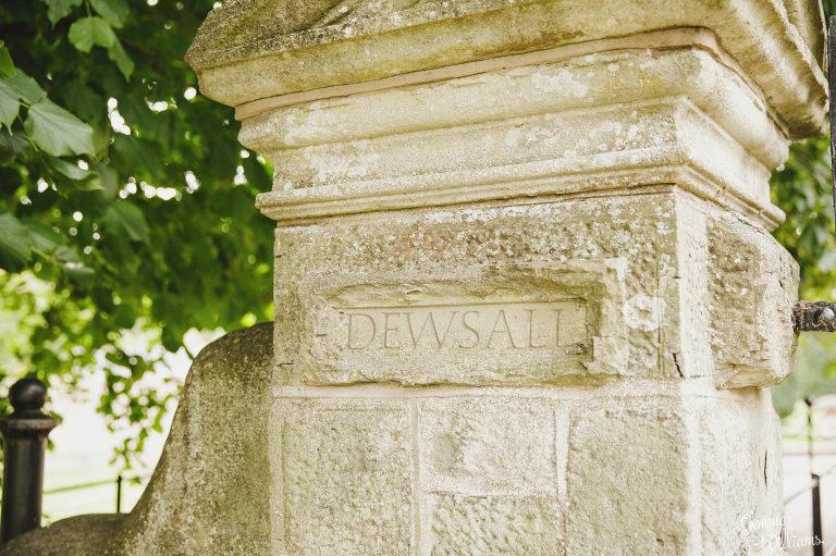 Dewsall-Wedding-GemmaWilliamsPhotography003-2000x1333(pp_w768_h511).jpg