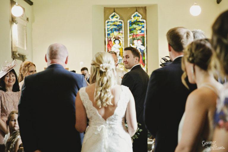 Dewsall-Wedding-GemmaWilliamsPhotography027-2000x1333(pp_w768_h511).jpg