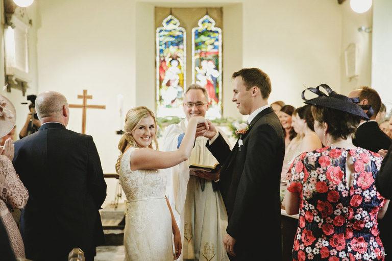 Dewsall-Wedding-GemmaWilliamsPhotography033-1-2000x1333(pp_w768_h511).jpg