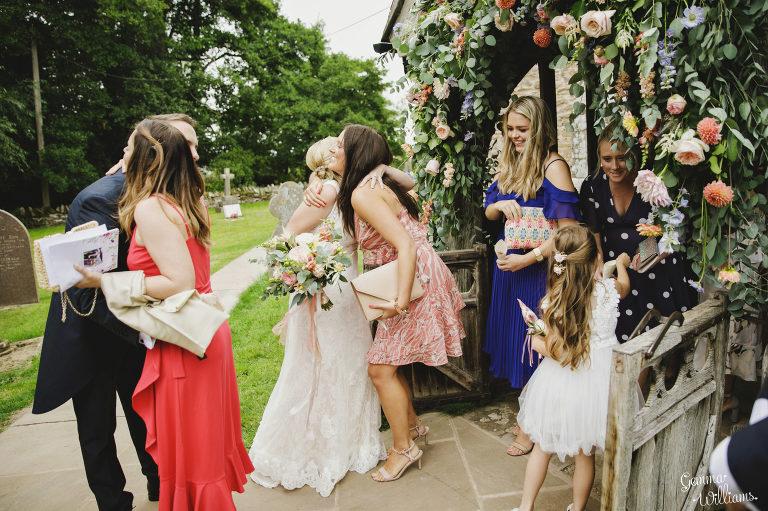 Dewsall-Wedding-GemmaWilliamsPhotography042-2000x1333(pp_w768_h511).jpg