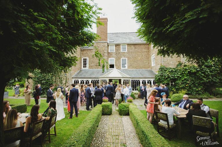 Dewsall-Wedding-GemmaWilliamsPhotography052-2000x1333(pp_w768_h511).jpg