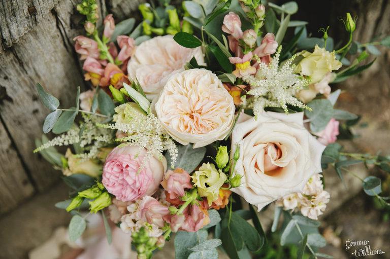 Dewsall-Wedding-GemmaWilliamsPhotography092-2000x1333(pp_w768_h511).jpg