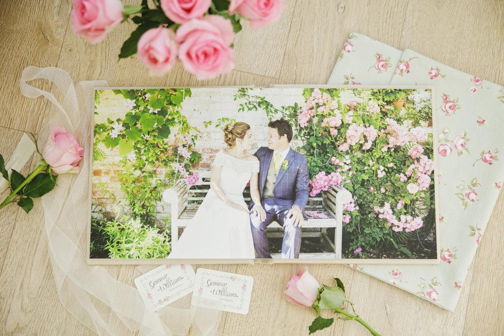 GemmaWilliamsPhotography-WeddingAlbums027.jpg