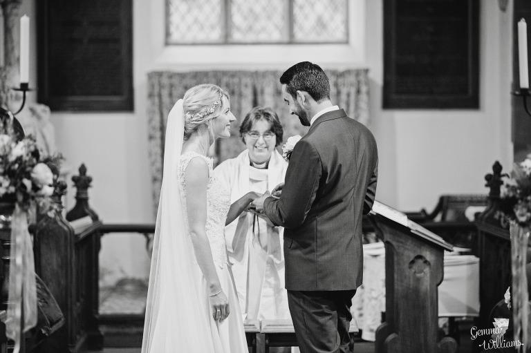 Birtsmorton-Wedding-Photography-GemmaWilliams103(pp_w768_h511).jpg