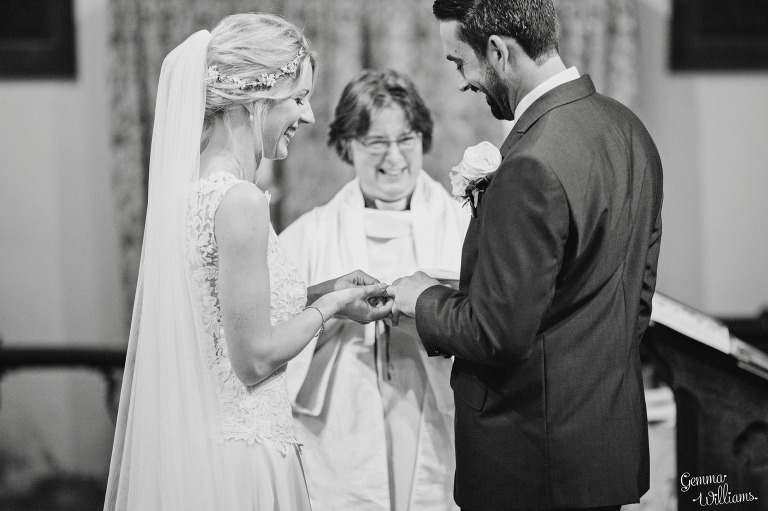 Birtsmorton-Wedding-Photography-GemmaWilliams109(pp_w768_h511).jpg