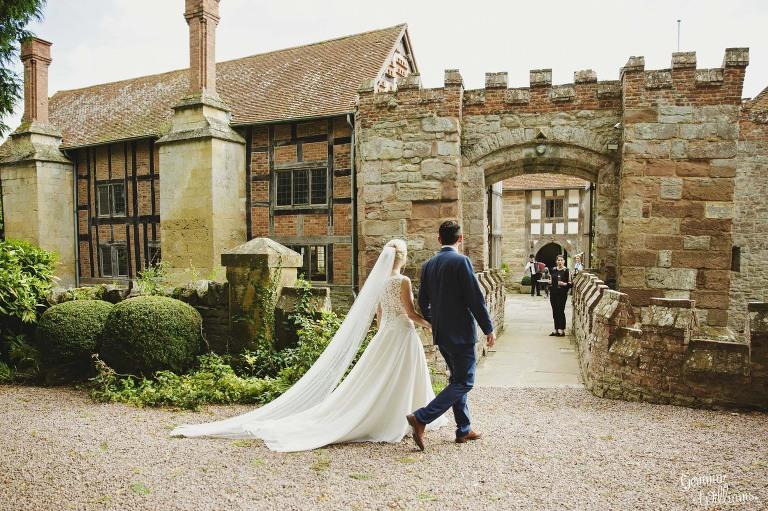 Birtsmorton-Wedding-Photography-GemmaWilliams151(pp_w768_h511).jpg