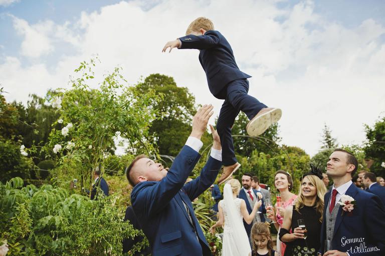 Birtsmorton-Wedding-Photography-GemmaWilliams194-1(pp_w768_h511).jpg