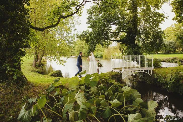 Birtsmorton-Wedding-Photography-GemmaWilliams257(pp_w768_h511).jpg