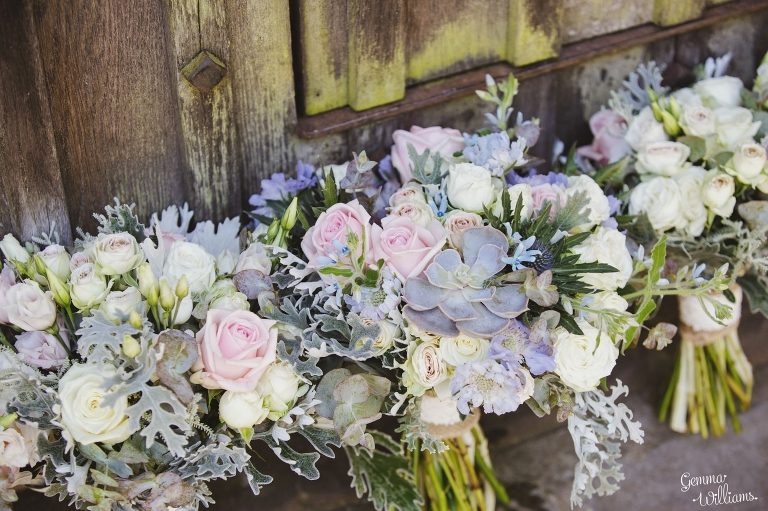 How-Caple-Wedding-GemmaWilliamsPhotography015(pp_w768_h511).jpg