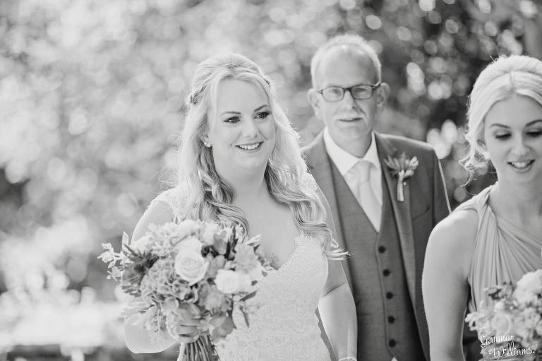 How-Caple-Wedding-GemmaWilliamsPhotography055(pp_w768_h511).jpg