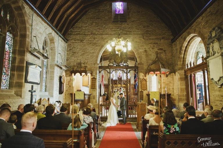 How-Caple-Wedding-GemmaWilliamsPhotography072(pp_w768_h511).jpg