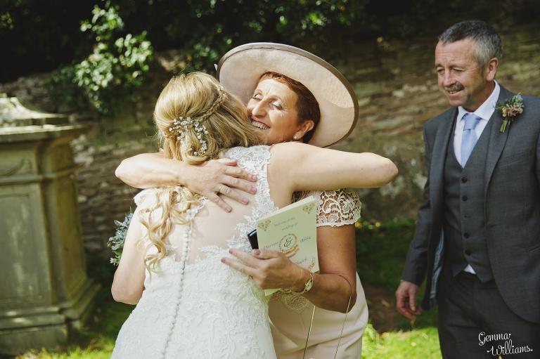 How-Caple-Wedding-GemmaWilliamsPhotography098(pp_w768_h511).jpg