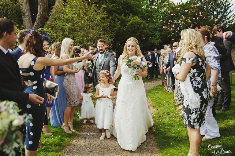 How-Caple-Wedding-GemmaWilliamsPhotography111(pp_w768_h511).jpg