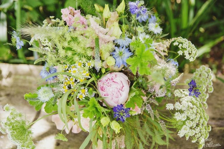 Lyde-Court-Wedding-GemmaWilliamsPhotography028(pp_w768_h511).jpg