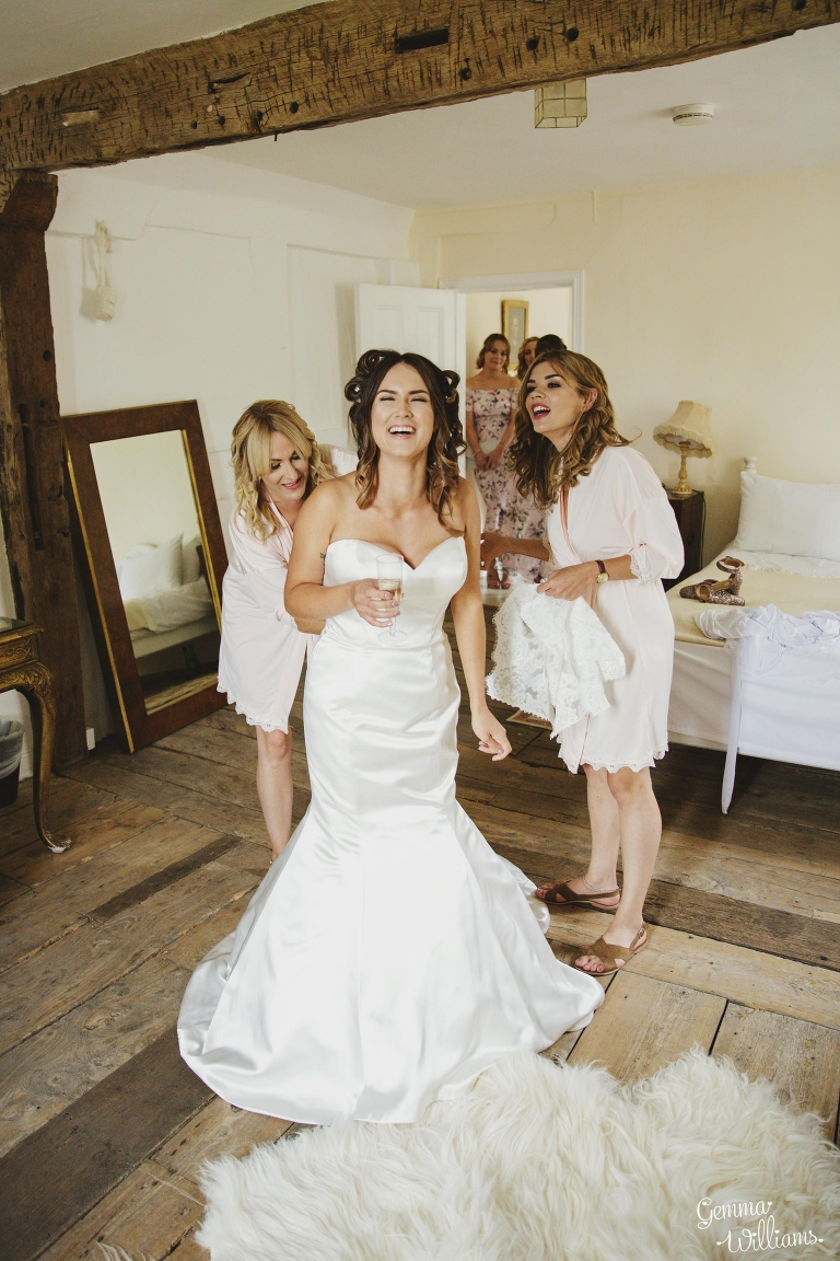 Lyde-Court-Wedding-GemmaWilliamsPhotography048(pp_w768_h1152).jpg