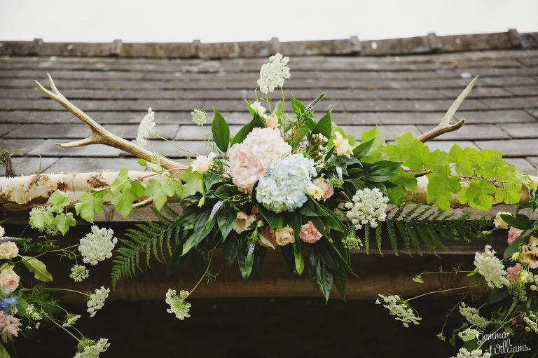 Lyde-Court-Wedding-GemmaWilliamsPhotography073(pp_w768_h511).jpg