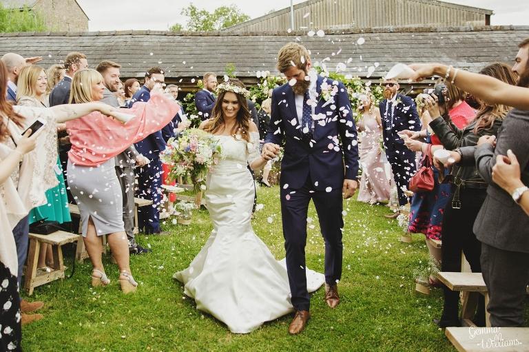 Lyde-Court-Wedding-GemmaWilliamsPhotography100(pp_w768_h511).jpg