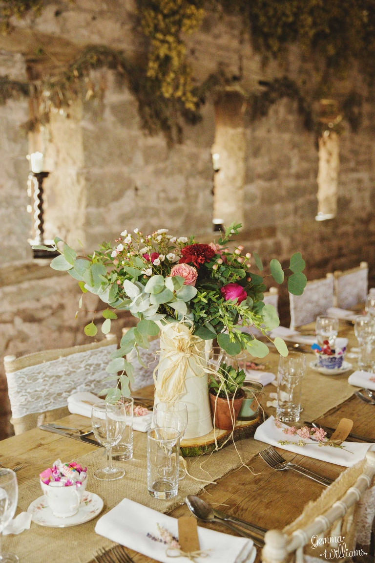 Lyde-Court-Wedding-GemmaWilliamsPhotography138(pp_w768_h1152).jpg