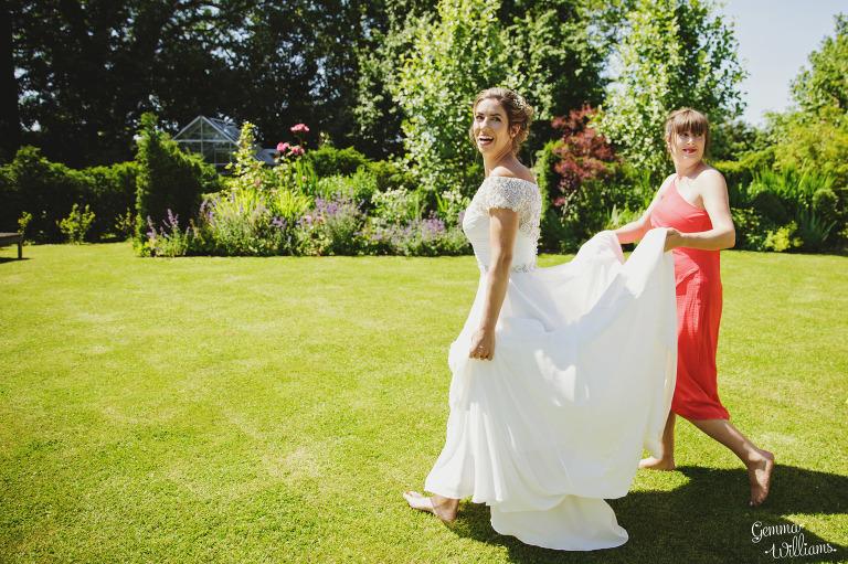 herefordshire-yurt-wedding-gemmawilliamsphotography_0024(pp_w768_h511).jpg