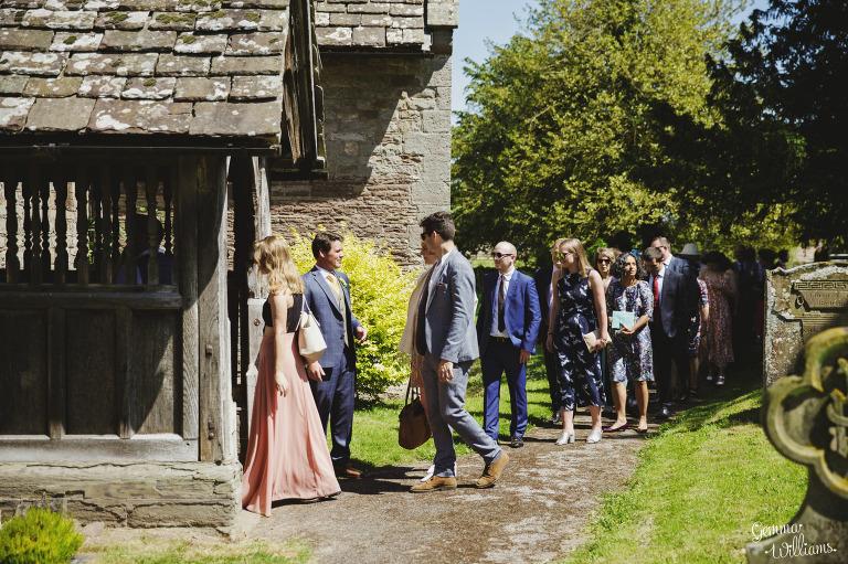 herefordshire-yurt-wedding-gemmawilliamsphotography_0036(pp_w768_h511).jpg