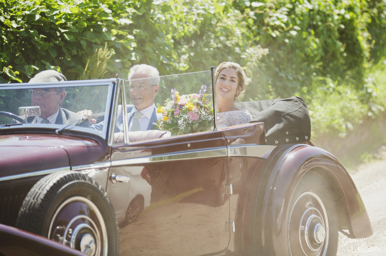 herefordshire-yurt-wedding-gemmawilliamsphotography_0041(pp_w768_h511).jpg