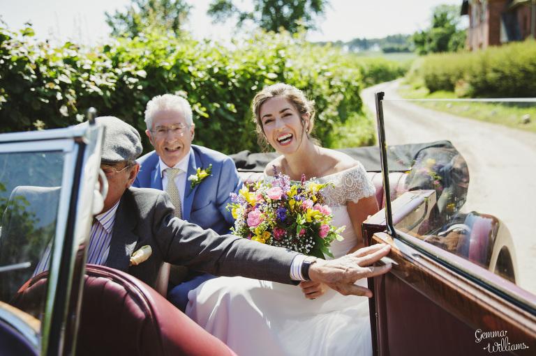 herefordshire-yurt-wedding-gemmawilliamsphotography_0042(pp_w768_h511).jpg