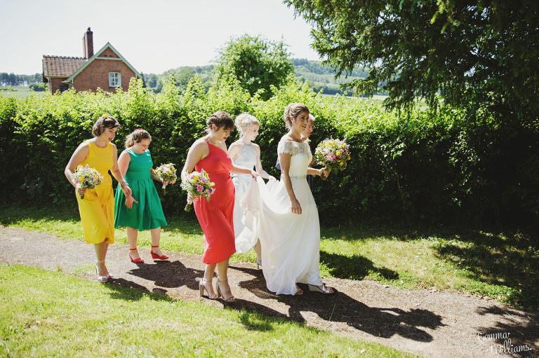 herefordshire-yurt-wedding-gemmawilliamsphotography_0044(pp_w768_h511).jpg