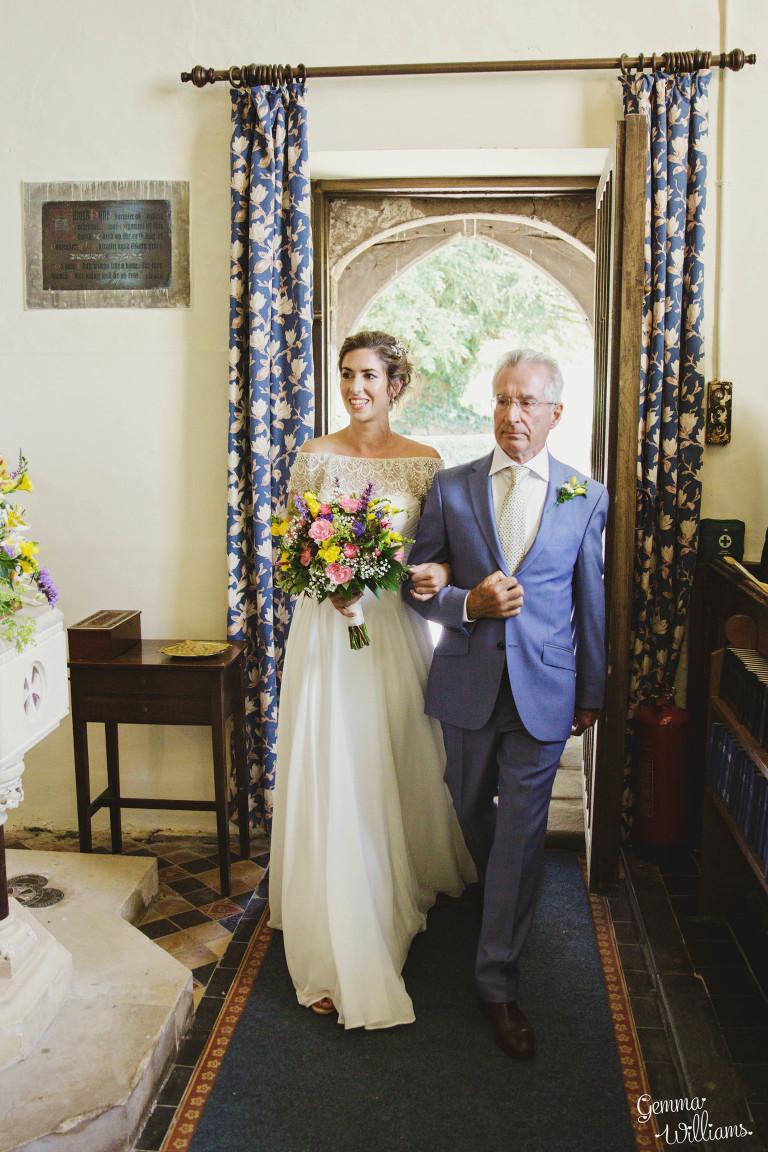 herefordshire-yurt-wedding-gemmawilliamsphotography_0047(pp_w768_h1152).jpg