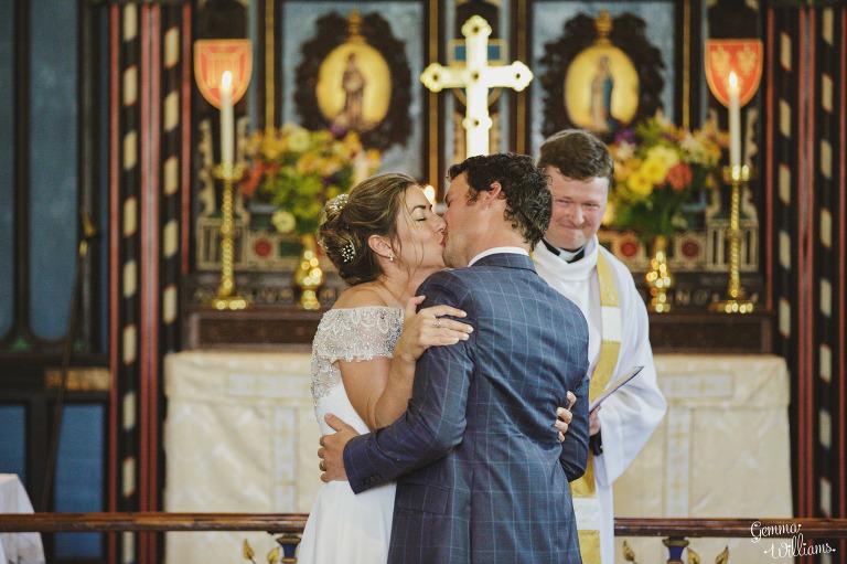 herefordshire-yurt-wedding-gemmawilliamsphotography_0060(pp_w768_h511).jpg
