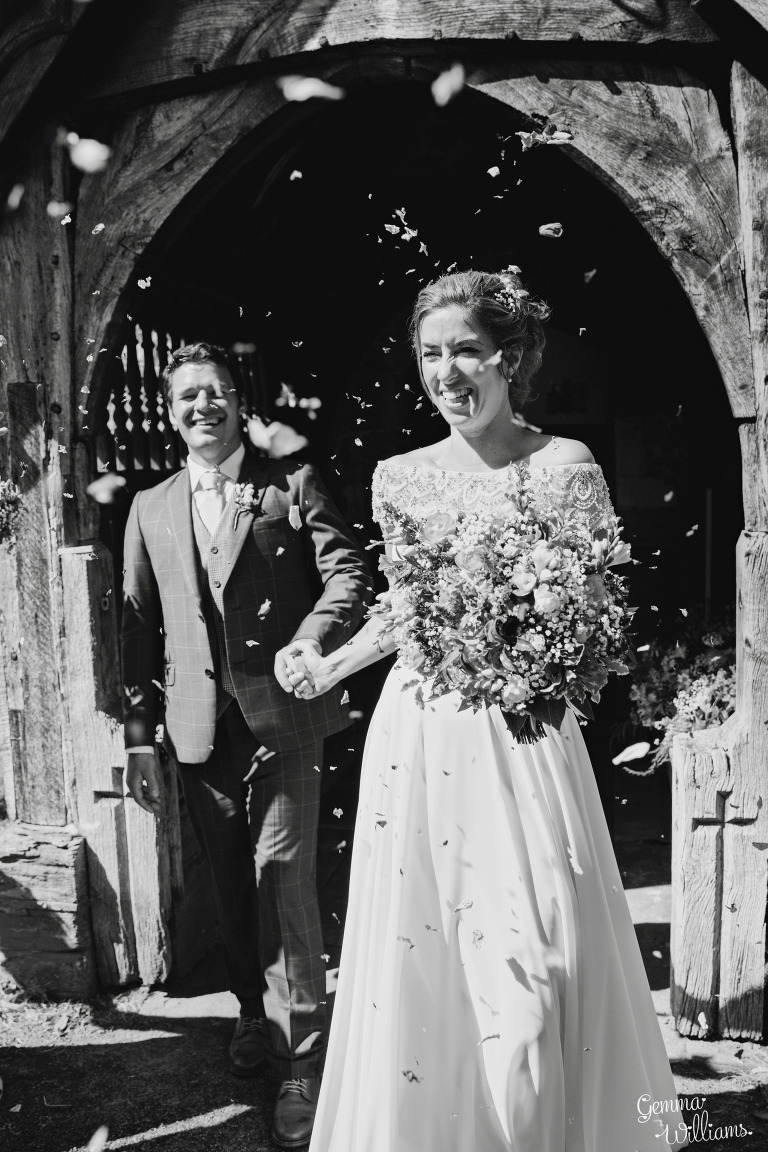 herefordshire-yurt-wedding-gemmawilliamsphotography_0066(pp_w768_h1152).jpg