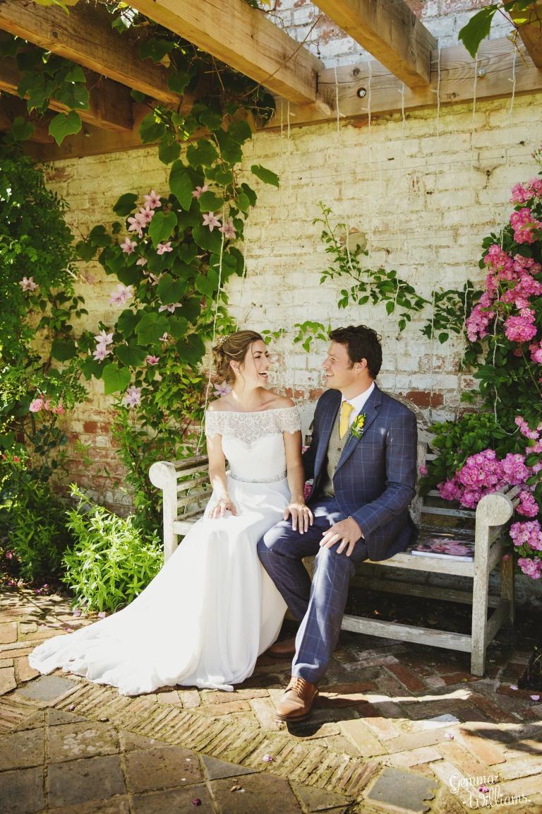herefordshire-yurt-wedding-gemmawilliamsphotography_0095(pp_w768_h1152).jpg