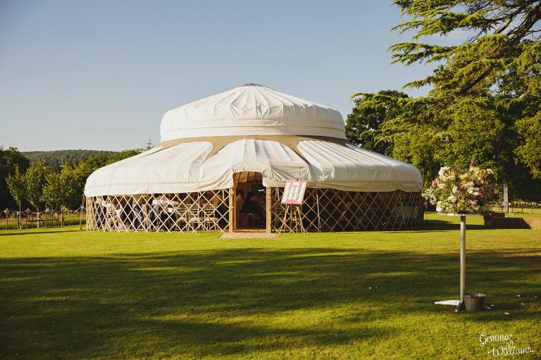 herefordshire-yurt-wedding-gemmawilliamsphotography_0119(pp_w768_h511).jpg
