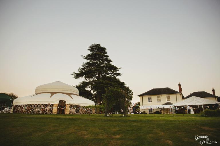 herefordshire-yurt-wedding-gemmawilliamsphotography_0136(pp_w768_h511).jpg