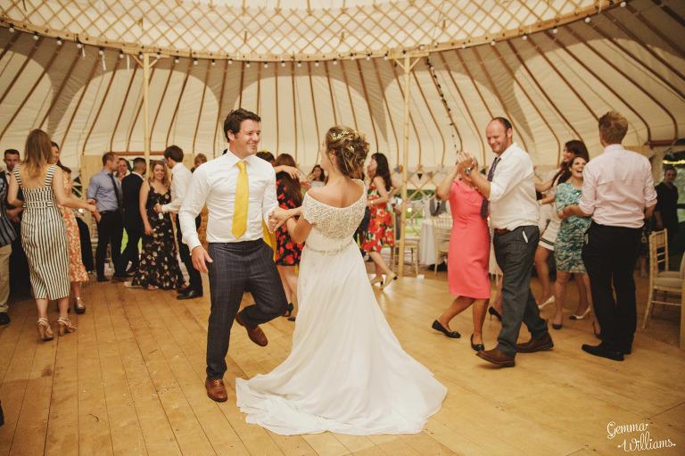 herefordshire-yurt-wedding-gemmawilliamsphotography_0139(pp_w768_h511).jpg